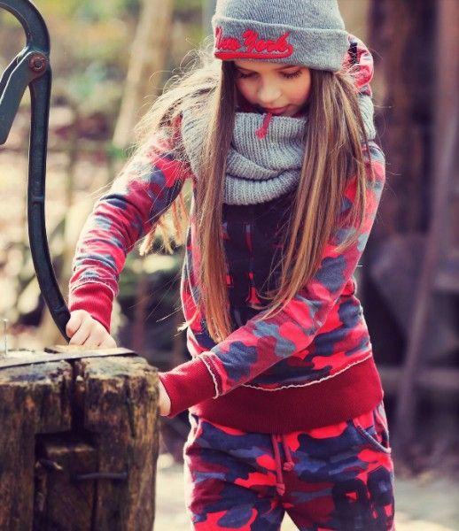 Vingino wintercollectie voor meisjes online | heerlijk hip joggingpak voor meisje