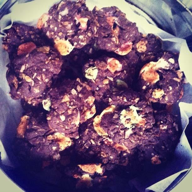 mima + moo : crazy weet-bix cookies