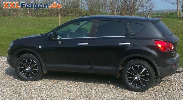 Nissan Qashqai mit DBV Tropez 17 Zoll Felgen und SUV Reifen