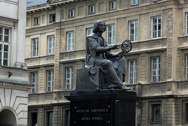 Copernicus Monument, PUB CRAWL MEETING POINT! =D