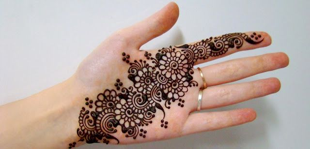 Best Mehndi Designs For Different Occasions: Karwa Chouth Exclusive Mehndi collection of Amelia