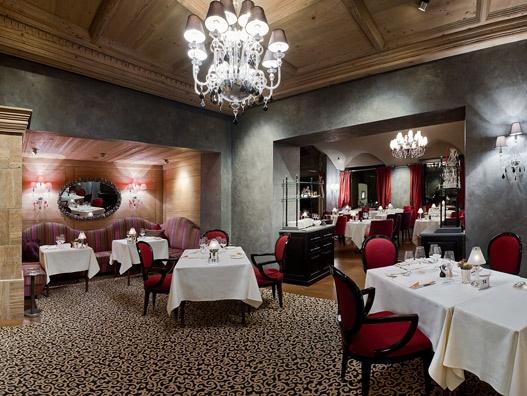 Gstaad #Palace, #Svizzera http://demajoilluminazione.com