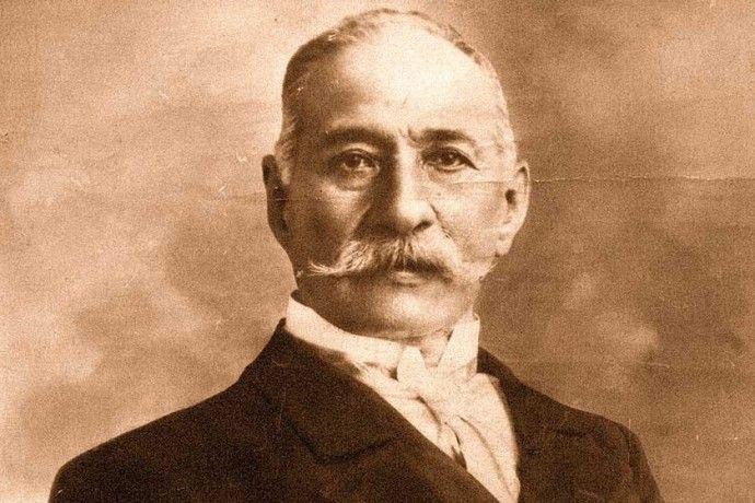 Valentín Navarro, Abogado boliviano que luchó bajo las órdenes de Ladislao cabrera en la defensa de Calama en la Batalla de Topater.