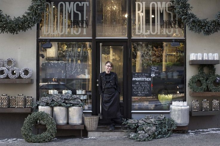 flower shop in oslo.......http://www.fusionflowers.com/blog/you-dont-bring-me-flowers-anymore/