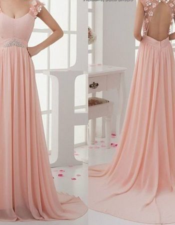 I really like this style for bridesmaids. Not sure about the length but everything else is lovely.