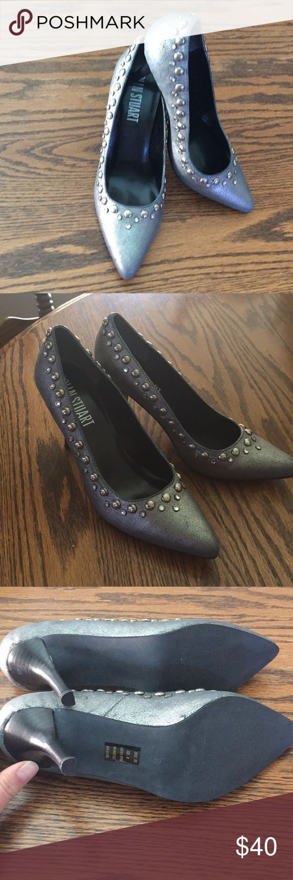 Colin Stuart pumps Stud and jewel trim size 8 NWB NWB never worn, briefly tried-on. These beautiful pumps have been sitting in a box for far too long. Bought from Victoria secret catalog many years ago. See photos of condition  Make me an offer  have a beautiful day !! Colin Stuart Shoes Heels