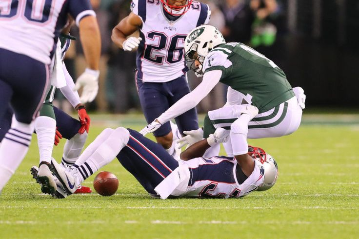 Jets' misery continues as usual in close loss to Patriots = When the NFL released its 2016 schedule back in the spring, a pair of late-season meetings between the New England Patriots and New York Jets sure looked appetizing when it came to the high-profile television windows. And the.....