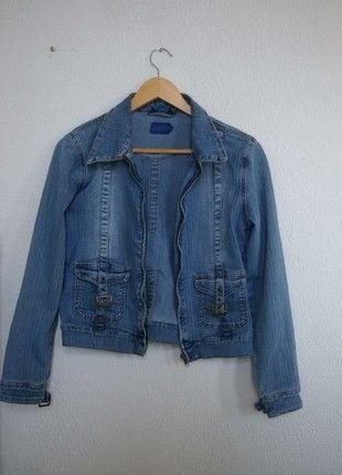 A vendre sur #vintedfrance ! http://www.vinted.fr/mode-femmes/vestes-en-jean/14993674-veste-jean-vintage