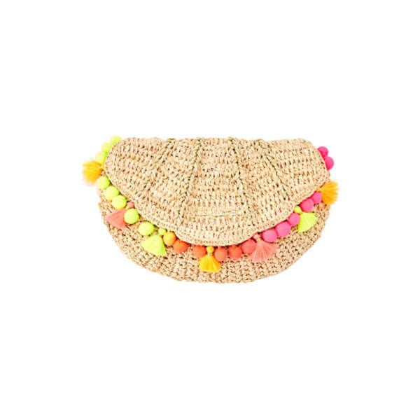 Lilly Pulitzer Lilly Pulitzer Clam Shell Clutch (385 BRL) ❤ liked on Polyvore featuring bags, handbags, clutches, beige purse, lilly pulitzer purse, lilly pulitzer, beige clutches and shell purse
