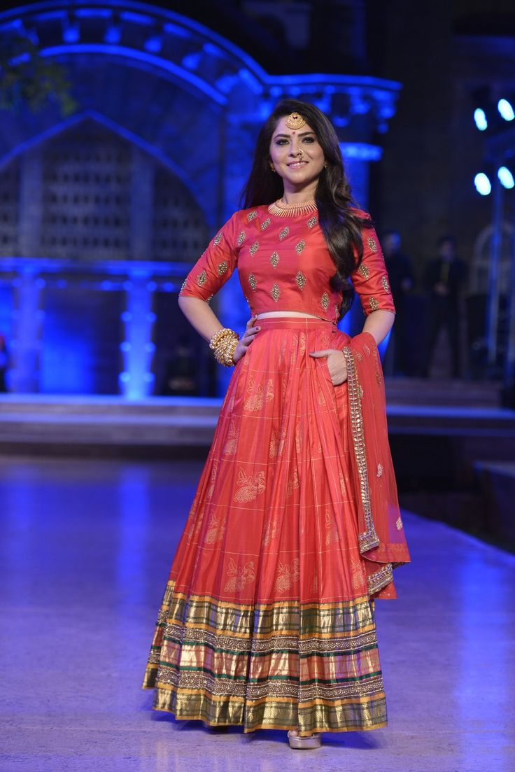 The beautiful Sonalee Kulkarni walked the ramp for the designer Neeta Lulla at Make In India's show