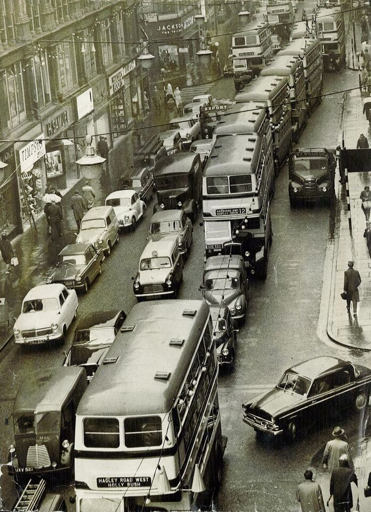 Traffic jam in New Street, Birmingham, November 1962.   #RealEstate #LiveinWestMidlands #architecture           It See more at: http://castlesmart.com