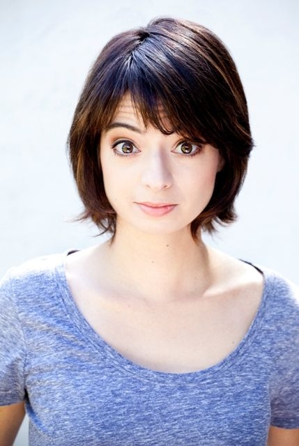 Kate Micucci Bra Size, Age, Weight, Height, Measurements - http://www.celebritysizes.com/kate-micucci-bra-size-age-weight-height-measurements/