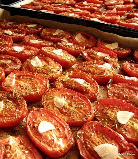 Smaczna Pyza: Pomidory pieczone/suszone z ziołami, w oleju