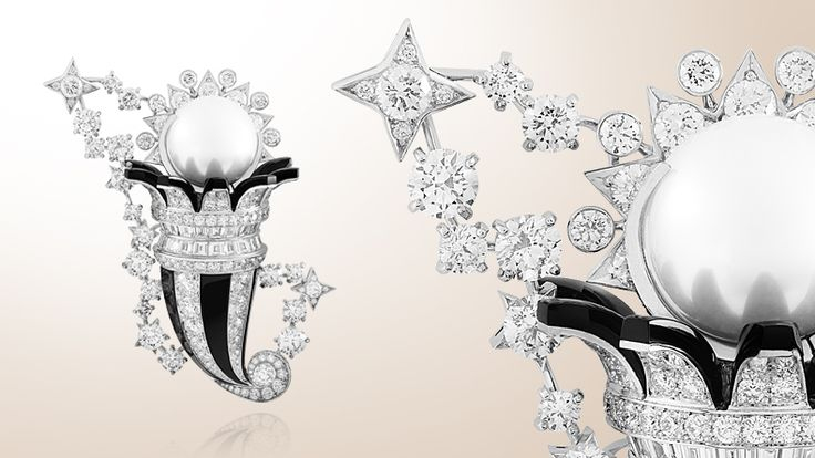 Van Cleef & Arpels Zodiac Set Cancer clip, white gold, diamonds, onyx and one white cultured pearl