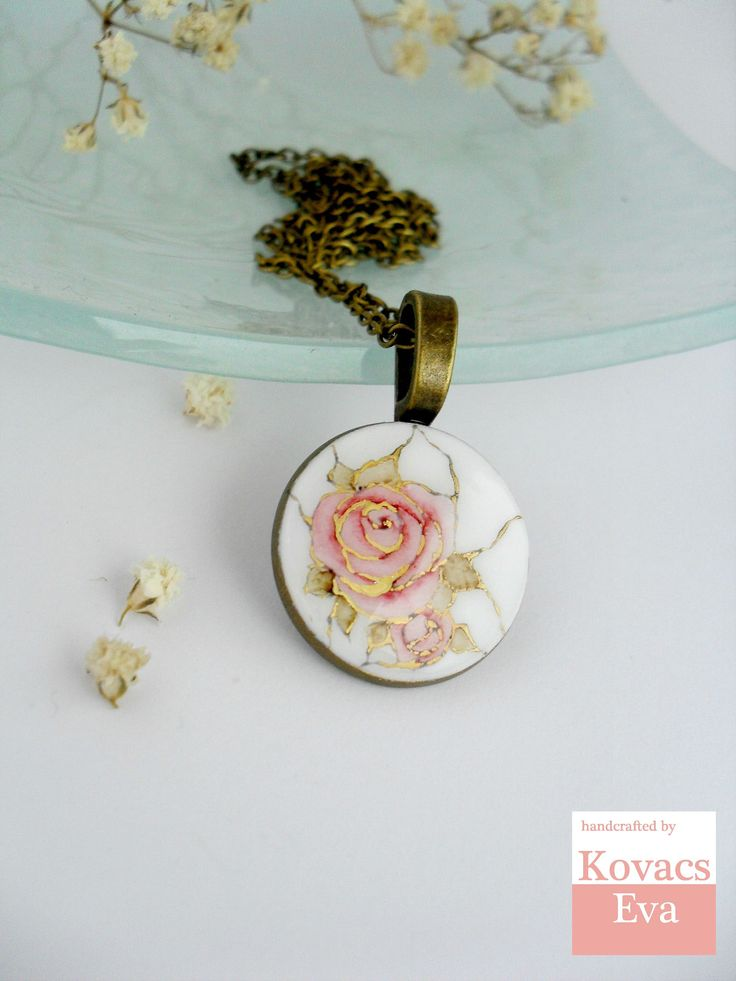 White gold porcelain pendant.Handpainted akvarell rose.Vintage style necklace.Flower pendant.