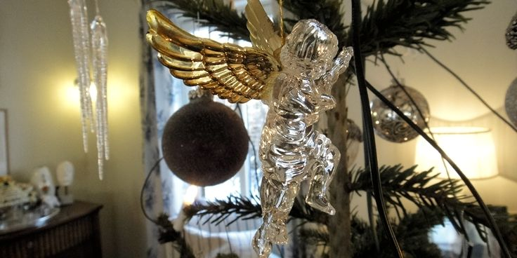 Details from a Christmas tree