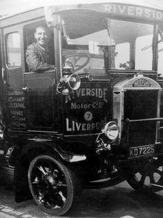 images  vintage trucks  pinterest tow truck bristol  trucks