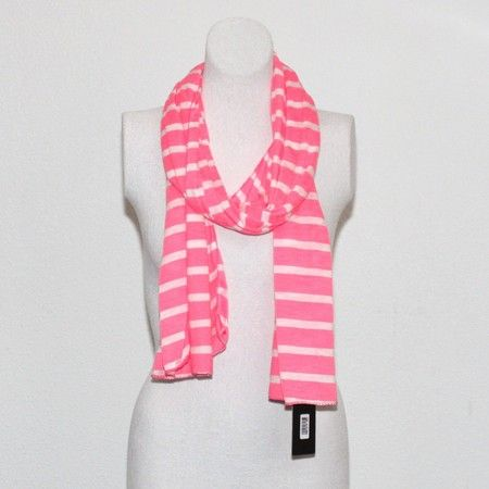 Neon roze gestreepte stretch sjaal - AUkO sjaals http://www.auko.nl/a-280545/streep-neon-roze/
