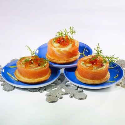 Découvrez la recette Roulé de saumon fumé sur cuisineactuelle.fr.