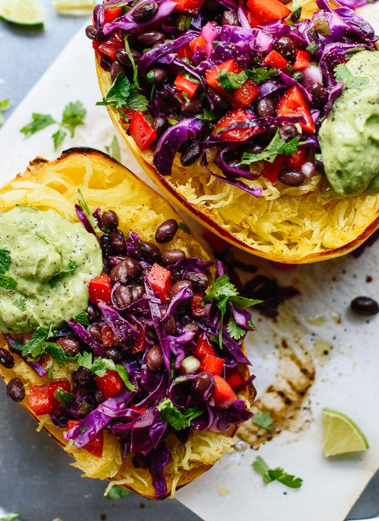 Spghetti Squash Burrito Bowls by cookieandkate: Super healthy and bursting with fresh flavors. #Burrito_Bowl #Spaghetti_Squash #Healthy