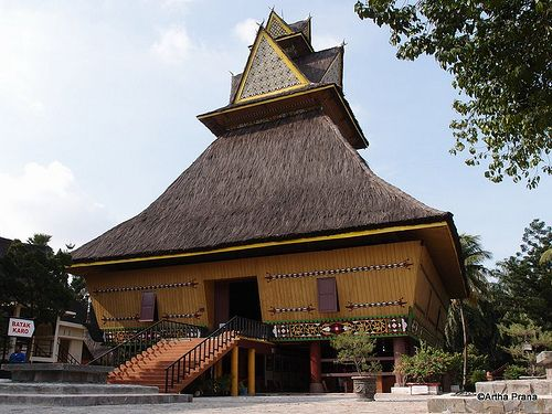 Rumah adat batak karo, North Sumatra