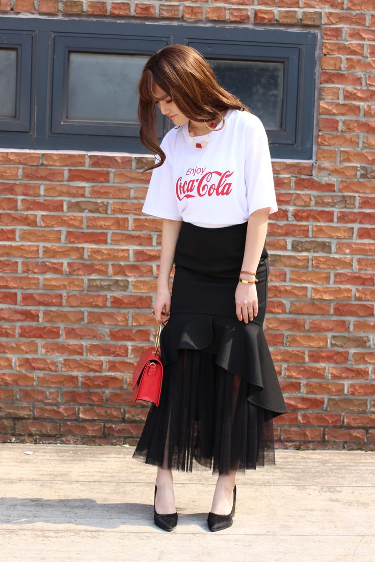#red #bag #black #skirt
