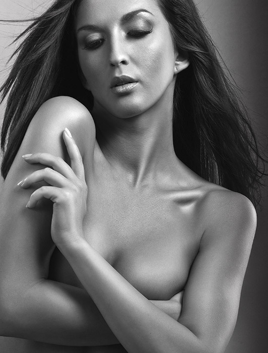 Sensual Beauty Series  © Ron de Wildt  I  Make-up & Hair: denitza van der meulen.