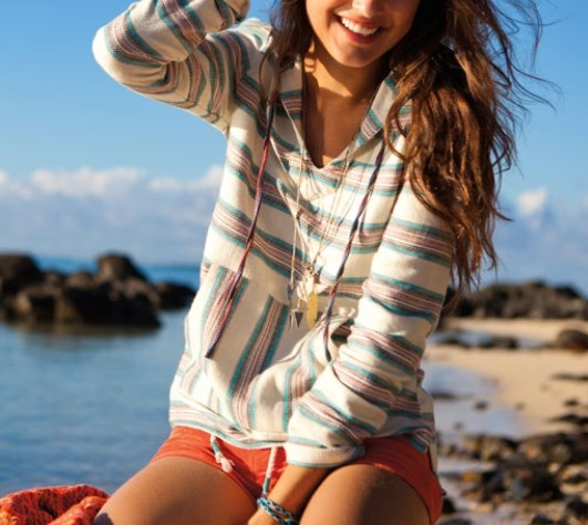 <3 love: Summer Fashion, Fashion Style, Summer Style, Beaches Outfit, Cute Hoodie, Style Summer, Summer Night, Beaches Style, Style Fashion