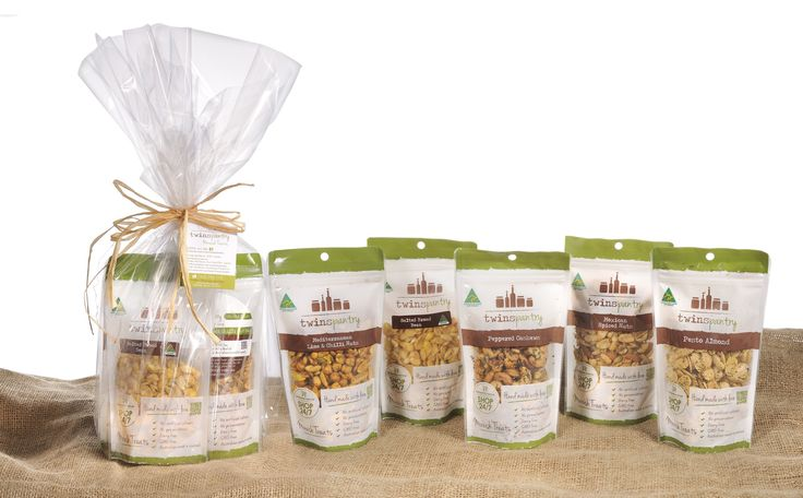Festive Hamper - Nuts and Seeds.......Twins Festive Savoury Hamper  A mouth watering compilation of: 1 Peppered Cashews 165g 1 Pesto Almonds 165g 1 Mexican Spiced Nuts 165g 1 Mediterranean Lime & Chilli Nuts 165g 1 Twins Roasted Broad Beans 100g