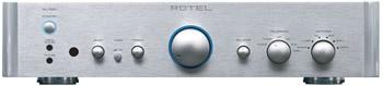 Rotel RC 1550 | El RC 1550 ofrece un rendimiento extraordinario desde todo punto de vista .:. Soberbio manejo de señales analógicas .:. Calidad de construcción High-End .:. Transformador toroidal sobredimensionado y capacitores especiales de grado audófilo BHC .:. Seis entradas de línea + Phono Input (MM) .:. Control de contorno .:.