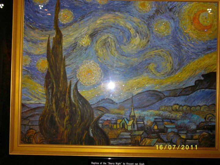 Van gogh starry night with diamonds-diamond museum