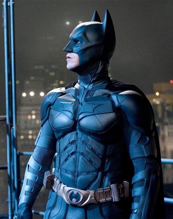 El Caballero Oscuro. La leyenda renace' (2012)El último traje de Batman que vistió Christian Bale y que vimos en el cine era igual que el de...