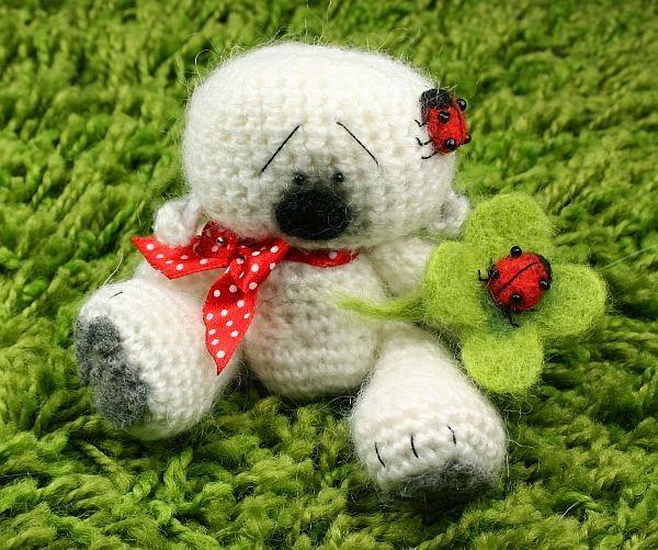 Larris handmade jewellery: Boo white Teddy witz Ladybirds