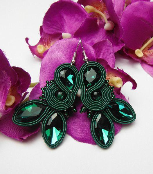 Ohrhänger - SOUTACHE Kristall Smaragd Ohrringe grün - ein Designerstück von Soutacheria bei DaWanda