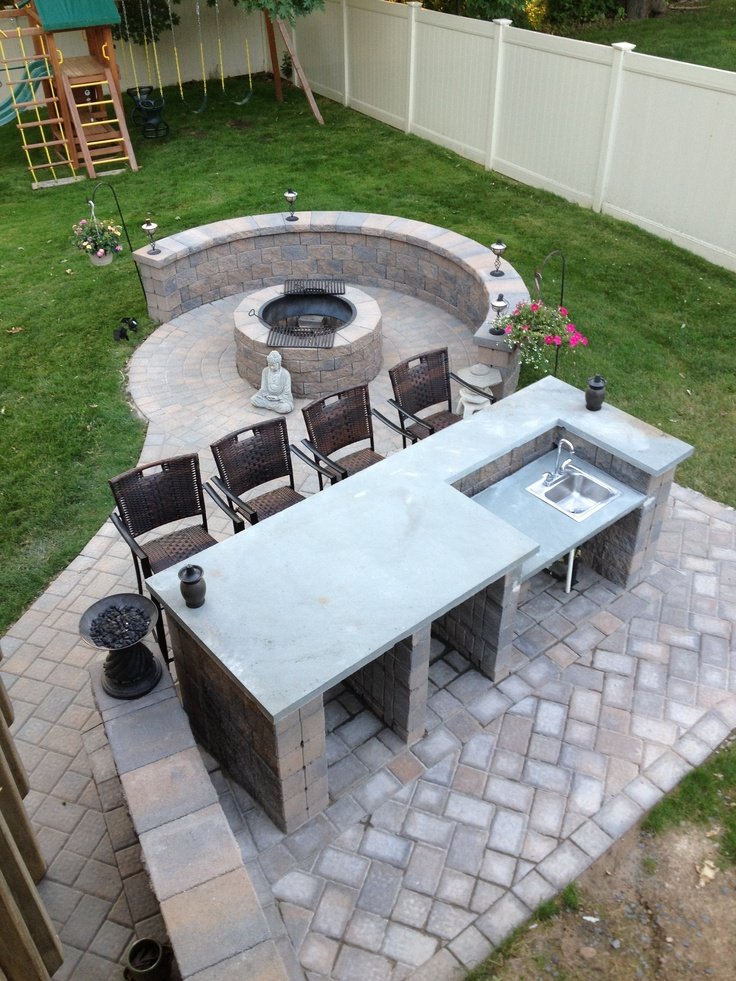 Outdoor Bar With Fire Pit, Only I Want It In Rock