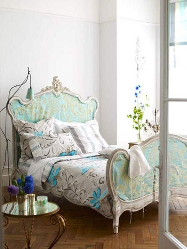 Love The Bed Askew   Beautiful Paris Decor For Bedroom : Chic Paris Decor  For Bedroom