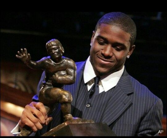 Reggie Bush Heisman Trophy USC football Fight On