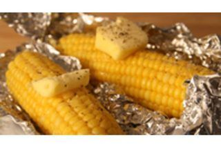 http://www.kitchenstyleideas.com/category/Nuwave-Oven/ How to Bake Corn on the Cob in the Oven With Tin Foil | bake at 425 for 25 minutess eHow