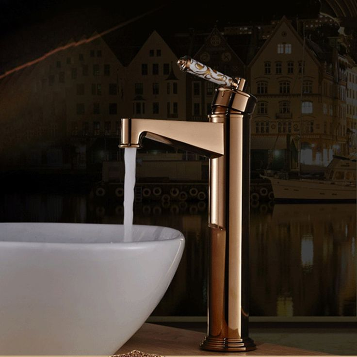74.33$  Buy now - http://ali522.worldwells.pw/go.php?t=32770028391 - Free Shipping DONA4713 Solid brass golden bathroom basin mixer tap with deck mounted rose gold basin sink mixer taps 74.33$