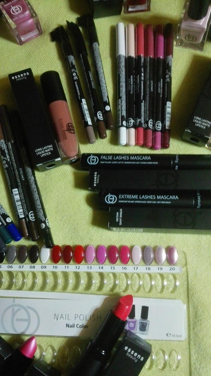 Dekorativní kosmetika Essens Beauty. Tu musíte mít! http://essensworld.com/10001234 #essensstyle #essensostrava #essensclub #essensbeauty #makeup #liceni #krasnazena #makeup #styling #prozeny #rtenky #rasenky #lakynanehty #dekorativníkosmetika #vizazista #everywoman #trendy #podnikani #uspech #obdiv #pridejseknam
