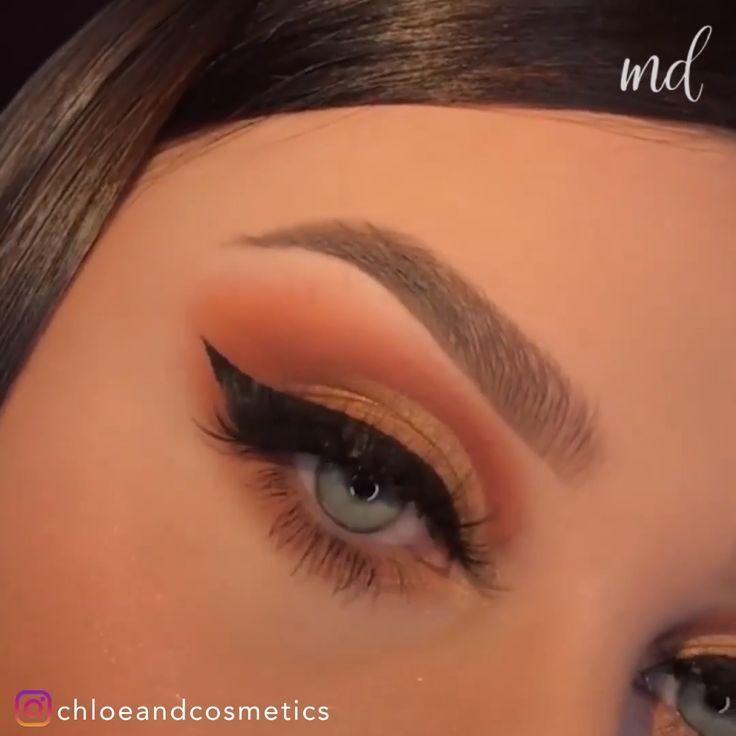 Creative makeup looks that will blow your mind! By @chloeandcosmetics #eyeshadowsnatural #eyeshadowsinspiration #eyeshadowsideas #eyeshadowstutorial #greeneyeshadows #howtoapplyeyeshadows #eyeshadowsstepbystep #eyeshadowspalette