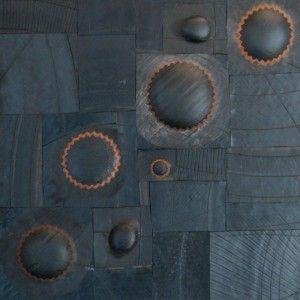 "Chambres à air sur pavatex 5 "" Rustine"" Marc Chevallay 2008"