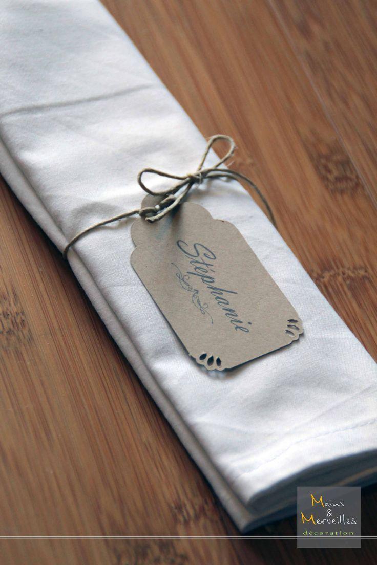 Marque-place / Rond de serviette vintage en craft façon dentelle et ficelle de lin. http://www.mainsetmerveillesdeco.fr/