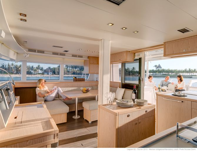 Lagoon 52 F - Kat Marina The ''U'' shaped salon, with a dining table for 8