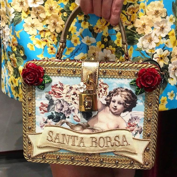33 Likes, 3 Comments - Dolcegabbana_community (@dolcegabbana_thecommunity… | Dolce & Gabbana Spring/Summer 2019 Women Fashion Show Runway and Backstage