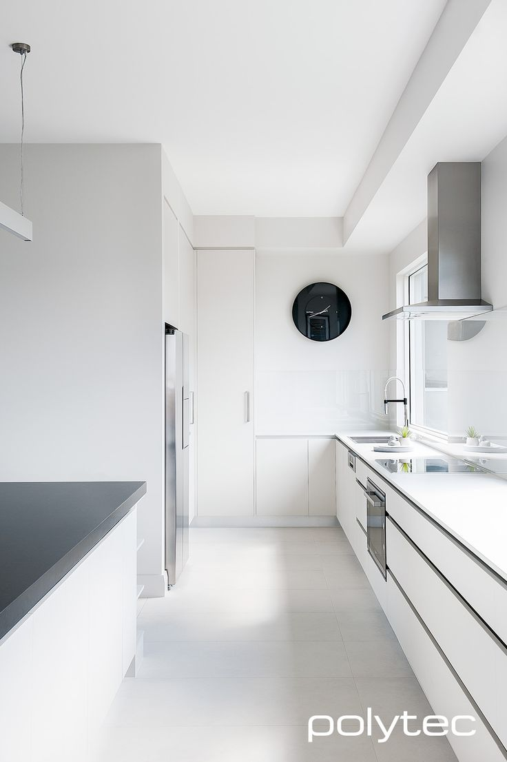 Simple and sophisticated white kitchen design in polytec LEGATO Crisp White, super matt finish.