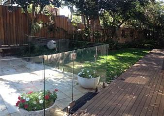 At Clearview Glass Solutions we provide both frameless and semi-frameless glass fencing for your pool.