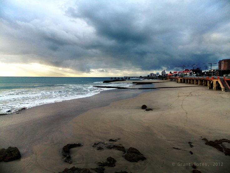 A Cloudy Day On The Beach Front Humewood Port Elizabeth Port Elizabeth Pinterest