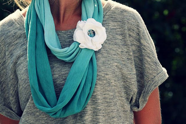 no sew...easy t-shirt flower tutorial...also has link to infinity scarf.  flower is tied on so it can be removed to add to other scarves {bonus!}