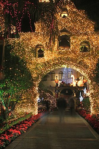 Mission Inn Riverside Festival of Lights. California.....aww I used to pass this everyday on the way to UC Riverside!